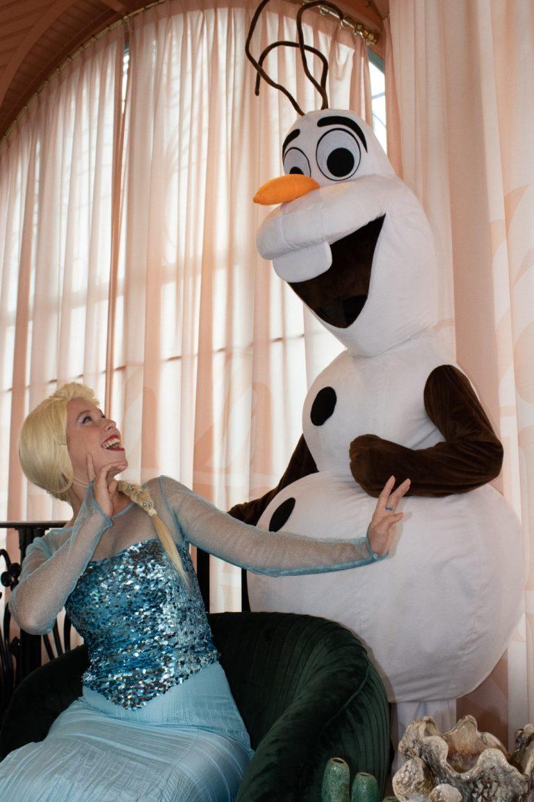 Elsa en Olaf inhuren kinderfeestje
