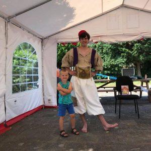 Bewonderen Aladdin inhuren meet en greet met prinsen en prinsessen