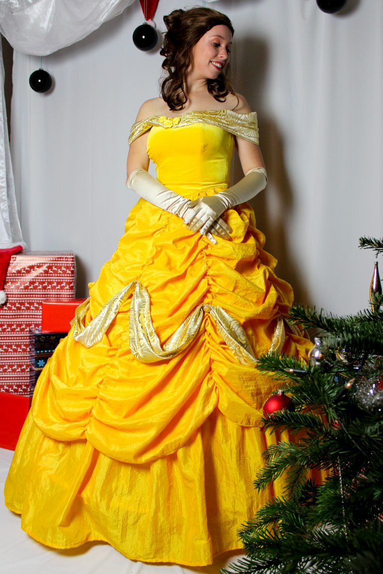 Belle kerst huren kerstevenement burenkarakter prinses huren Elsa belle Olaf doornroosje piraat prinses huren